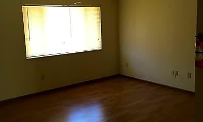 Bedroom, 519 N 3rd St, 2