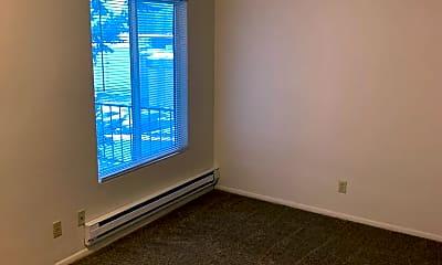 Living Room, 4066-4082 Commercial St SE, 1