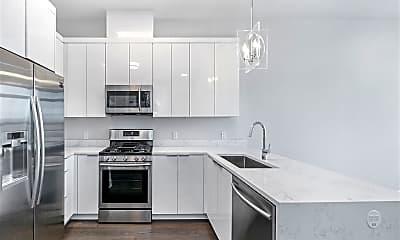 Kitchen, 119 Peter St 603, 1