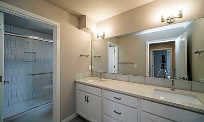 Bathroom, 4054 SE Holgate Blvd, 1