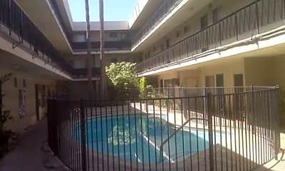 Manhattan Sepulveda Apartments, 2