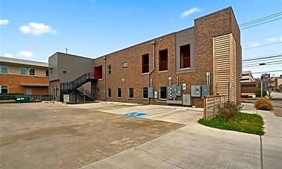 Building, 1100 S Lake St 202, 0
