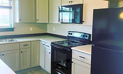 Kitchen, 4163 Wynne Ave, 1