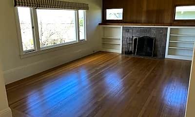 Living Room, 1035 Sierra Street, 1