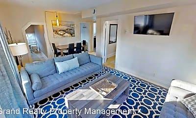 Bedroom, 2433 Blaisdell Ave, 1