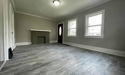 Living Room, 500 Pine St, 0