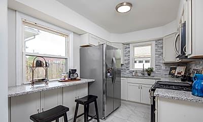 Kitchen, 4019 Eastway Rd, 2