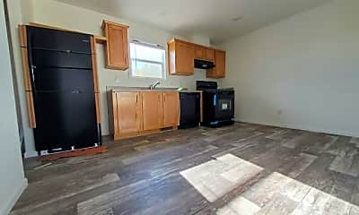 Living Room, 3401 N Walnut Rd 291, 1