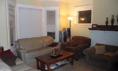 Living Room, 1020 Church St, 1