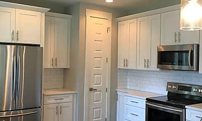 Kitchen, 1511 B Straightway Ave, 1