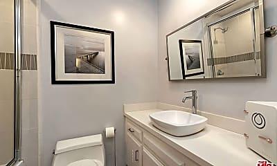 Bathroom, 836 S Bundy Dr, 2