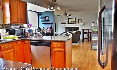 Kitchen, 604 Carpenter Fletcher Rd, 1