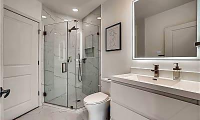 Bathroom, 923 Peachtree St NE 1731, 2