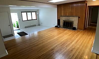 Living Room, 809 E 98th St, 1