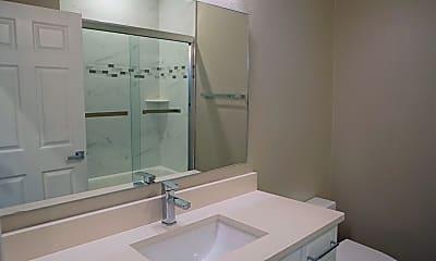 Bathroom, 4104 N Thatcher Ave Unit B, 2