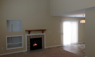 Living Room, 2571 Allegro Lane, 1