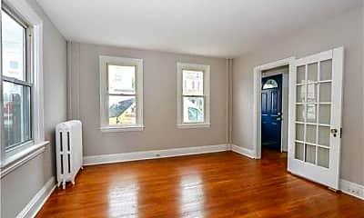 Living Room, 131 E Garrison St, 1