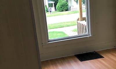 Living Room, 118 Locust St, 1