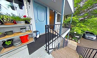 Patio / Deck, 697 SE Jefferson St, 1