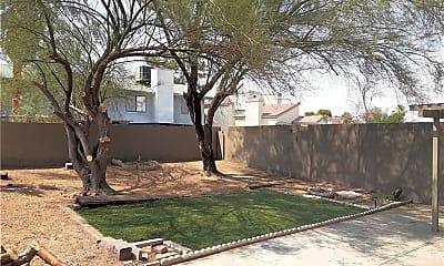 Building, 555 Chelsea Dr, 2