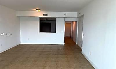 Living Room, 3330 NE 190th St 2216, 1