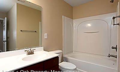 Bathroom, 2002 Remington Oaks Cir, 2