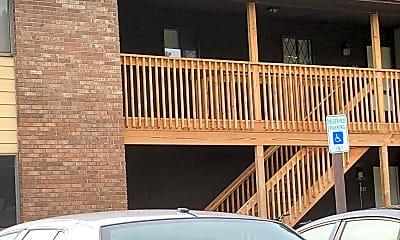 North Scott Villa Apartments, 2