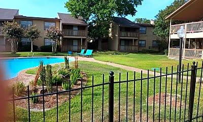 Laurel Parc Apartment Homes, 2