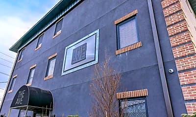 Community Signage, 183 Garibaldi Ave 309, 2