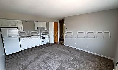 Kitchen, 124 13th St SE, 0