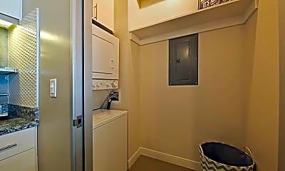 Storage Room, Met Lofts, 2