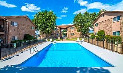 Pool, Pinewood Village, 0