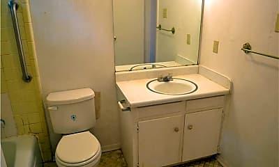 Bathroom, 1107 N Locust St, 1