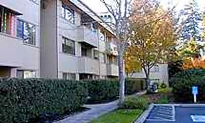 Inglewood Forest Apartments, 1