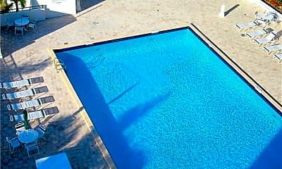 Pool, 525 N Ocean Blvd 1025, 2