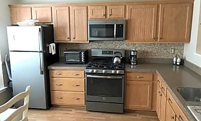 Kitchen, 101 Lexington Ct N101, 1