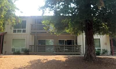 Redwood Park Apartments, 2