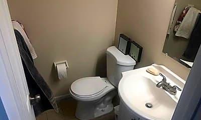 Bathroom, 2105 Kings Valley Rd, 2