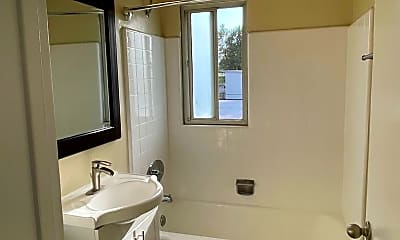 Bathroom, 6251 Reseda Blvd, 2