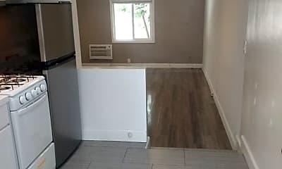 Kitchen, 7604 Lexington Ave, 1