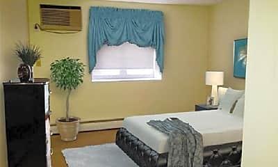 Bedroom, 63 Parkman St, 2