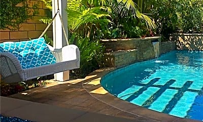 Pool, 9442 Tiki Cir, 0