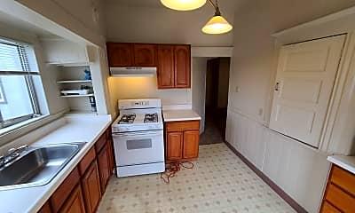 Kitchen, 677 32nd St, 1