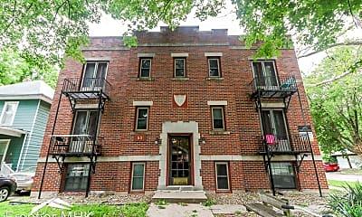 Building, 1531 Leavenworth St, 1