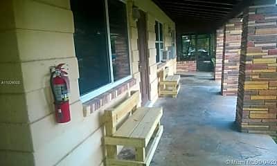 Patio / Deck, 633 NE 17th Terrace 6, 0