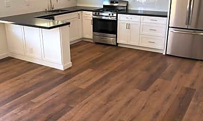 Kitchen, 4567 Idaho St, 1