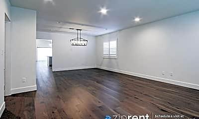 Living Room, 827 N Lamer St, 1