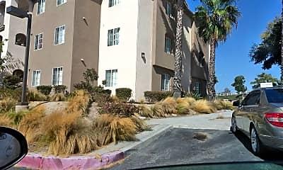 Torrey Highland Apartments, 2