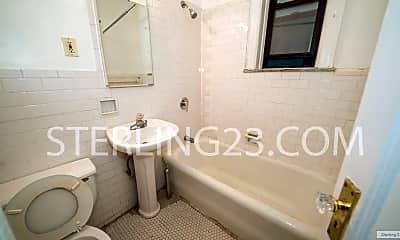 Bathroom, 23-28 31st Ave, 2
