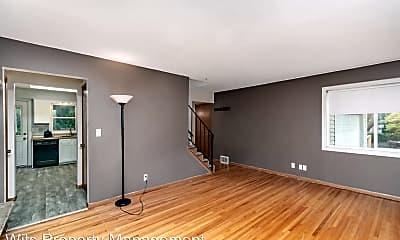 Living Room, 3630 Louisiana Ave N, 1